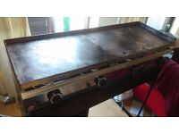 LARGE COUNTERTOP 4 BURNER FLAT GRILL/BURGER GRIDDLE Suitable for commercial use