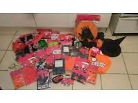 Massive bundle of halloween items