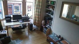 Double room to rent in beautiful Stockbridge, Edinburgh