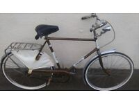 Raliegh popular vintage bike - 23 inch- excellent condition - collectors item