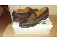 Ladies New brown smart shoes 6/1/2