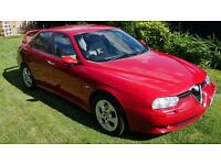 Alfa Romeo 156 2.0 JTS Veloce Red with cream leather interior. Excellent condition