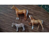 Beswick 2 Large palomino Horses and Donkey