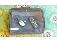 Tech Air 19 inch Laptop case with mouse