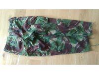 Combat trousers & waterproofs 30L 30W