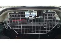 Headrest Dog Guard - Fits Most Cars