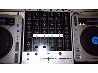 Pioneer CDJ 800 Mk2 x2 DJ Decks and Numark M6 USB mixer