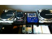 Dj Numerous TT200 Professional Turntables