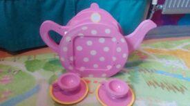 Wooden fairy teapot cafe play set