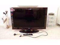 """Samsung 40"""" Full HD LCD TV in excellent condition and in perfect working order - £150"""