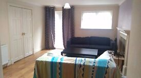 OPPORTUNITY! LARGE TWIN ROOM with separate double beds for two friends, couple & students..