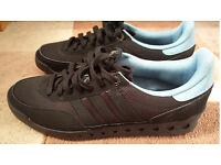 Brand New Adidas Originals Training PT, size 9 (Eu 43)