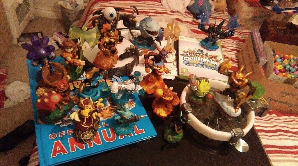 Skylanders Trap Team Figures / Characters / & XBOX Game