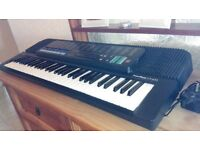 Casio Tone Bank CT - 670 keyboard in very good condition and in good working order