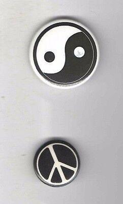PEACE  SIGN and YIN YAN pin 2 Super pinback button