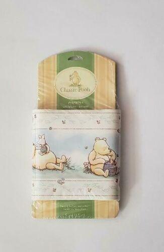 VINTAGE CLASSIC Winne the Pooh & Piglet Bee Nursery Wall Border