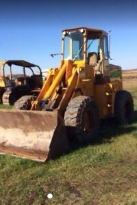 LOOKING FOR OLDER LOADER WITH BLOWN EGINE. WILL PAY CASH!