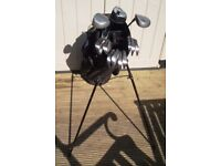TOUR BLUE & BLACK GOLF BAG WITH STAND AND A SET OF 9 IRONS & 3 DRIVER GOLF CLUBS