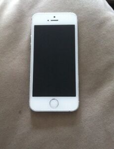 iPhone 5s white and grey