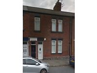 TO LET: 2 BED FLAT, FULWELL ROAD
