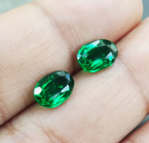 Pair. 8x6mm. EXCELLENT CUT! OVAL LAB BIRON GREEN EMERALD LOOSE GEM AAA+