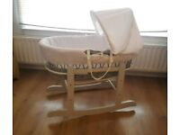 Grey/white Unisex Moses basket with rocking stand