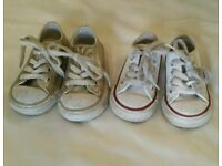 2 pairs of infant girls converse