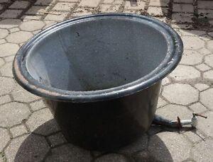 alter Emaille Waschkessel auch Pflanzkübel Übertopf