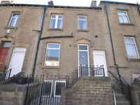 Mid Terraced House - 3 Bedrooms, 15 Min Walk To University - Manchester Road, Thornton Lodge, HD1