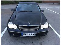 Mercesdes Benz C class C220cdi. Auto black saloon. Avantgarde.