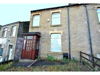 Mid Terraced House - Large Property, 5 Min Walk To University - Whitehead Lane, Newsome, HD4