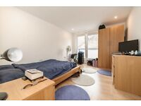 Amazing modern 3 double bed flat!! Must See!! Please call to view!!