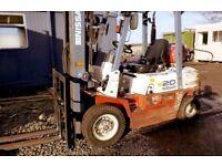 Nissan 2 tonne Gas Forklift