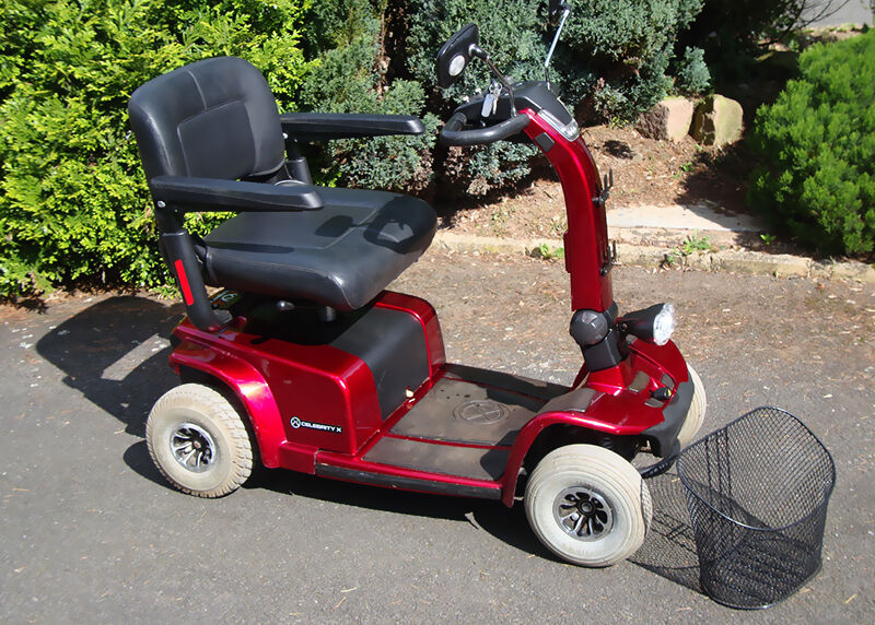what to look for when buying a used pride mobility scooter ebay. Black Bedroom Furniture Sets. Home Design Ideas