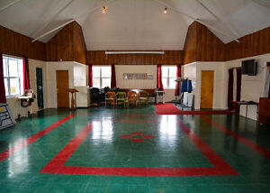 Salle a Louer/ Hall Rental