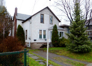 OPEN HOUSE - 58 MACHAR AVENUE Oct 20th 4-6 pm, 22nd 11-3