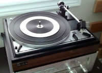 DUAL 1214 STEREO TURNTABLE