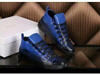 Balenicaga arena black and blue leather size 7/8/9