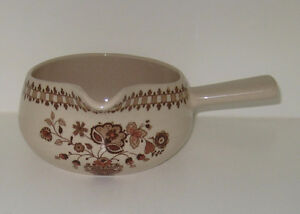 Johnson Bros. JAMESTOWN pattern Gravy Boat