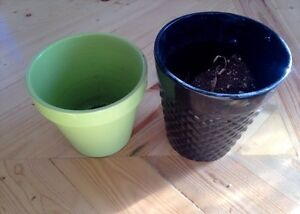 Two small plant pots