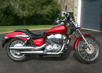 Honda Shadow Spirit 750 - only 1600 kms *** mint condition ***