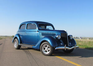1936 Ford Tudor Hotrod - Don't Miss Out