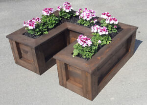 High Quality Cedar Garden And Flower Bed Systems