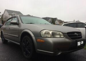 2000 Nissan Maxima Sedan