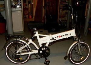 Vélo électrique écolocycle compact blanc