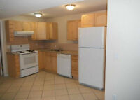 Bright 3 bedroom suite - Available September 1