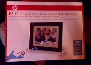 """HP Digital Picture Frame 12.1"""""""