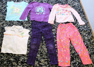 -CHEAP PILES OF CLOTHES SIZE 6