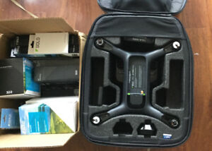 3DR SOLO brand new with GOPRO and GImbal