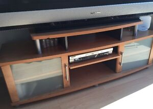 61 inches TV with TV stand